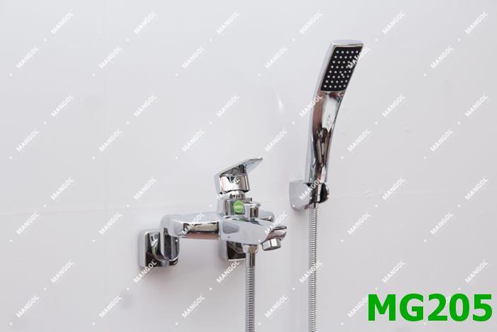 BỘ SEN TẮM CAO CẤP NÓNG LẠNH MANGOL MG205 1