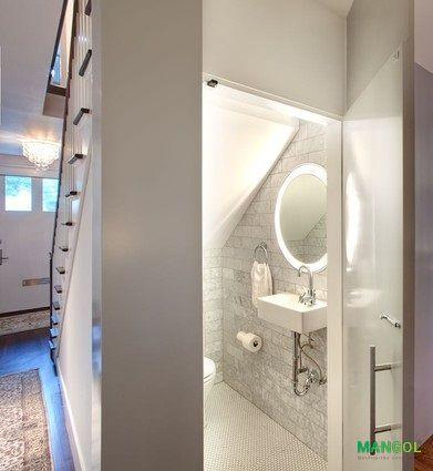 Xây nhà vệ sinh dưới gầm cầu thang -17