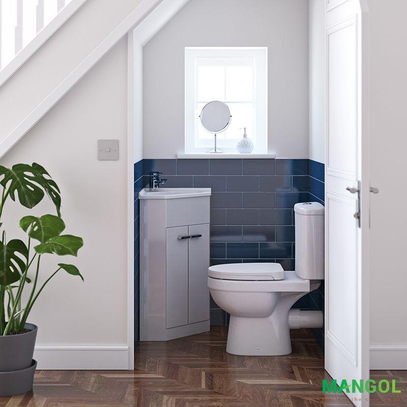 Xây nhà vệ sinh dưới gầm cầu thang -1