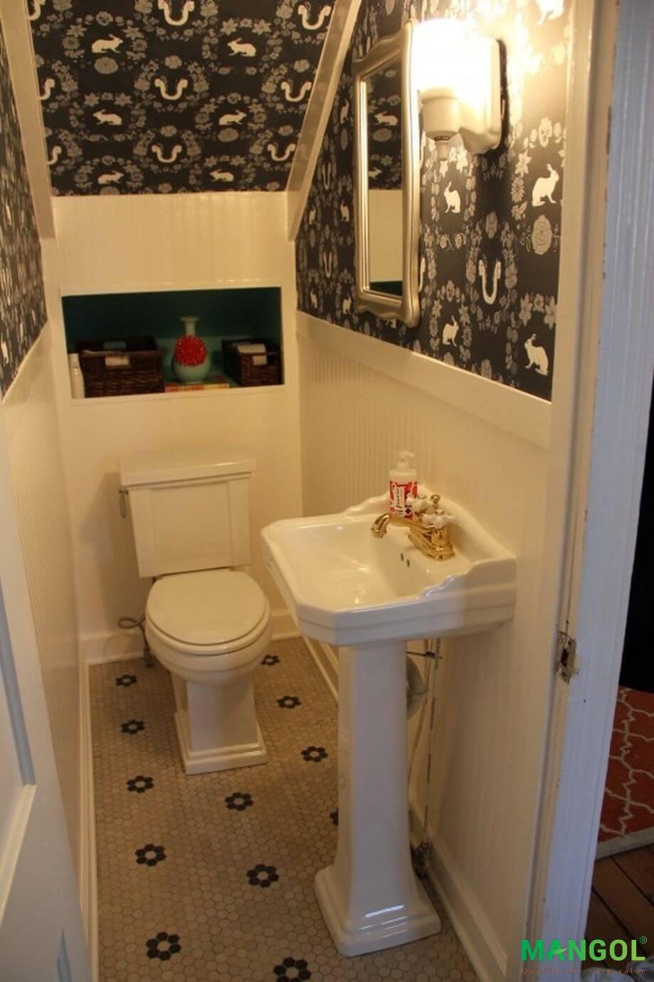 Xây nhà vệ sinh dưới gầm cầu thang -5